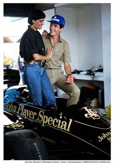 Ayrton Senna e Monique Evans - Lotus  .#jorgenca