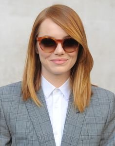 Emma Stone's Best Hairstyles and Haircuts #EmmaStone  #Hairstyles #Haircuts