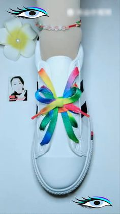 Best ideas of lacing your shoes. Amazing and easy latice tehniques to tie the shoes. Learn 10 different ways of lacing your shoes perfectly. Ways To Lace Shoes, How To Tie Shoes, Your Shoes, Diy And Crafts, Arts And Crafts, Creative Shoes, Ideias Diy, Diy Clothes, Diy Fashion