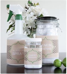 Dress up a drab #cleaning product bottle with these #DIY #labels! Would you want to download them?