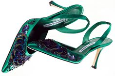 Manolo Blahnik Twilight Wedding Shoes | ... of emerald satin wedding shoes manolo blahnik onewed com wallpaper