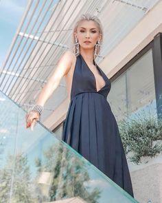 👄stiu sa urc dar si sa cobor de pe piedesal foto @georgengb Backless, Formal Dresses, Instagram, Fashion, Pictures, Dresses For Formal, Moda, Formal Gowns, Fashion Styles