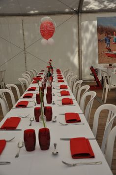 communie #table #setting #party