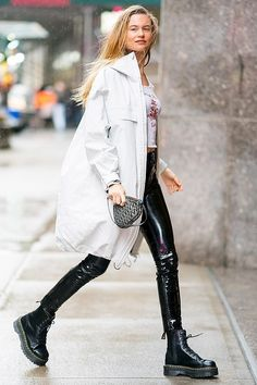 Street Looks, Look Street Style, Street Style Trends, Dr. Martens, Behati Prinsloo, Patiala Salwar, New Outfits, Casual Outfits, Cute Outfits