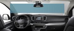 Alliant un design fluide et un intérieur spacieux pouvant accueillir jusqu'à 9 passagers, Citroën SpaceTourer facilite tous vos déplacements.