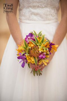 Bouquet of the Day: Bella Bloom Maui. Photo by www.TadCraigPhotography.com