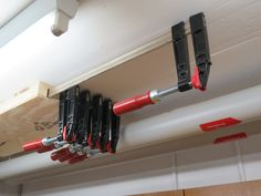 Storage of screw clamps - Werkstatt - Woodworking Clamps, Woodworking Machinery, Woodworking Shop, Woodworking Projects, Workshop Storage, Tool Storage, Garage Storage, Workshop Ideas, Woodworking Tools For Beginners