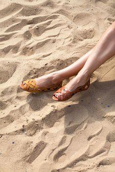 La Garconne Shoes, Doreen, #doreen #lagarconne #lagarconneshoes #switzerland #swissdesign #swiss #schweiz #schuhe #branding #shoes #summer #summersandals #summershoes #spring #springshoes #springsandals #sand #sandybeach #beach #summertime #shoes #openshoes #ballerinas #fashion #newbrand #shoebrand #portfolio Spring Sandals, Spring Shoes, Summer Shoes, Swiss Design, Ballerinas, Shoe Brands, Switzerland, Summertime, Branding