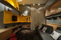 Ter uma casa bonita, confortável e funcional, desenhada por um profissional qualificado para tal, não é, nem deve ser, um privilégio da classe A. A supervisão de um arquiteto ajuda muito na concepç…