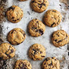 Chickpea Flour Chocolate Chip Cookies | Ambitious Kitchen #Chickpea #garbanzobean #garbanzos #Taquitos #cooking #cook #dinner #vegan #healthylifestyle #healthyliving #nutritious Gluten Free Baking, Gluten Free Desserts, Vegan Desserts, Gluten Free Recipes, Healthy Recipes, Health Desserts, Healthy Options, Gourmet Cookies, Cookies Vegan