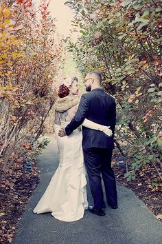 Autumn is here! Snuggle in and get inspired by these fall weddings | Offbeat Bride