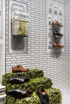 Clarks | Autumn/Winter, 2013 by Millington Associates | #windowdisplay #visualmerchandising Shoe Display, Display Design, Store Design, Visual Merchandising Displays, Visual Display, Retail Windows, Exhibition Display, Store Interiors, Window Design