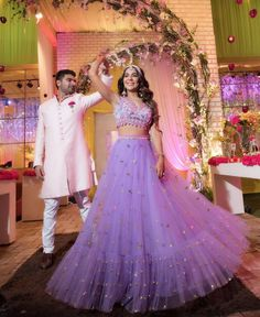 Brides in Lavender Lehengas are raising the experimental meter in Indian Wedding. Lavender Color Dress, Lavender Outfit, Lavender Dresses, Lavender Gown, Indian Wedding Gowns, Indian Bridal Lehenga, Indian Gowns, Indian Weddings, Indian Wedding Clothes