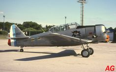 North American T-6 F-AZCQ in colours of French aircraft used in the Algerian War.  (15-07-01)