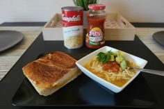 Sammy Makes Six Back-to-School season is coming, here is a yummy & quick lunch idea. #CampbellSavings #ad