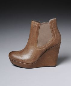 Seychelles 'Prime Suspect' Stone Leather Wedge Booties