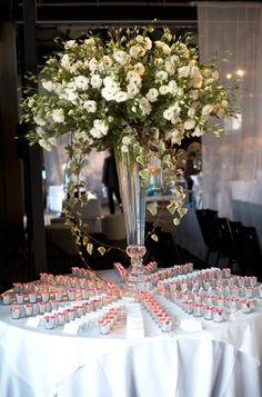 Pretty place card table #doltonehouse #weddings