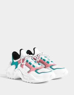 Multicoloured technical trainers Bershka N Dad Shoes, Girls Shoes, Me Too Shoes, Sneakers Fashion, Fashion Shoes, Sneakers Nike, Adidas Shoes, Aesthetic Shoes, Hype Shoes