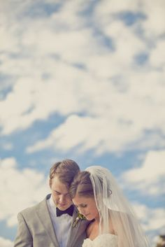 Wedding Photo--so sweet and picturesque.