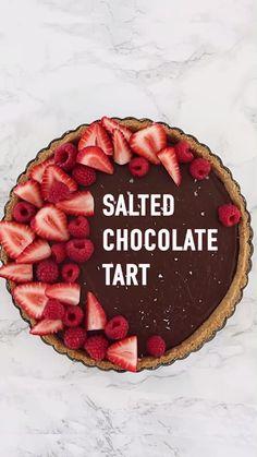 Fun Baking Recipes, Tart Recipes, Sweets Recipes, Desserts To Make, Delicious Desserts, Food To Make, Yummy Food, Bebidas Do Starbucks, Salted Chocolate