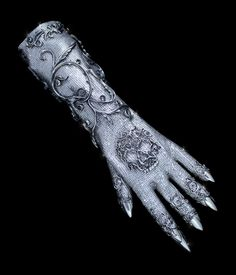 On FX's American Horror Story, Lady Gaga's terribly glamorous glove shines with over 11,000 Swarovski crystals. Michael Schmidt Studios and Lou Eyrich partnered to create the glove, which took over three months to get screen-ready.