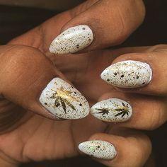 Weed inspired nail art. Visit lovetheherb.com for more! #nails #weednails #cannabis #nailart #naildesigns #fakenails #acrylics #marijuana #weed #420 #manicure