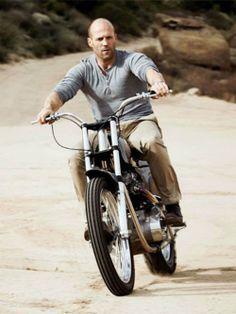 Jason Statham..reminds me of my husband... ;)