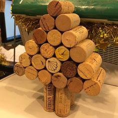 #instacool #instagood #instalike #instamood #instagramers #iger #igersuk #igersspain #igerslondon #igersoftheday #igers #webstagramers #picoftheday #photooftheday #london #england #uk #islington #upperstreet #thesampler #wine #shop #corks #xmas #christmas #tree #ish #funny #fun #hilarious by ynnad_zeugnimod