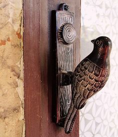 bird door handle