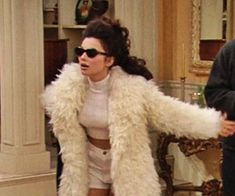 he new vintage items are coming to women tomorrow! Tweed, tartan and vintage novelties are coming to women tomorrow! Tweed, tartan and mesh… ? We spoiled you girls! Fran Drescher, Tweed, Tv Quotes, Mood Quotes, Funny Quotes, Fran Fine Outfits, 1990 Style, Tartan, Look Retro