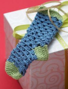 7129-Handicrafter Crochet Thread - Teeny Tiny Stockings