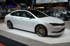 2015 Chrysler 200 White hopefully getting this beauty tomorrow