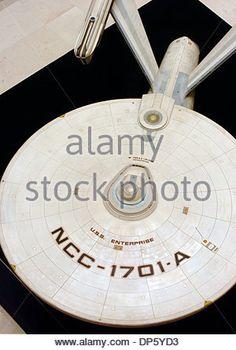 Vaisseau Star Trek, Star Trek Iii, James T Kirk, Star Trek Original Series, Star Trek Starships, Star Trek Movies, Starship Enterprise, Star Trek Ships, Ny Usa