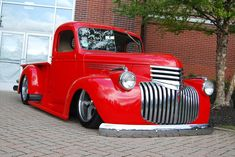 Get excellent tips on pickup trucks. They are actually readily available for you on our website. Old Ford Trucks, Old Pickup Trucks, Lifted Chevy Trucks, Chevrolet Trucks, 1957 Chevrolet, Diesel Trucks, Chevrolet Impala, Chevrolet Silverado, Best Pickup Truck