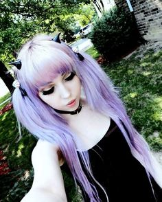 Pastel goth. need those tiny horns!