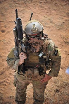 An Air Force Special Operations Command TACP JTAC graphic while on an practice with other AFSOC forces.