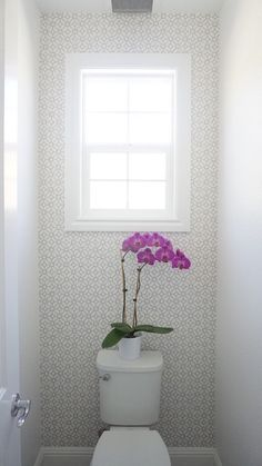 Eggshell Home - Master Bathroom Toilet with Patterned Wallpaper and White Paint. Eggshell Home - Bathroom Wallpaper Patterns, Wallpaper Toilet, Wallpaper Accent Wall Bathroom, Geometric Wallpaper, Wallpaper For Powder Room, Paint Bathroom, Wallpaper Samsung, Hipster Wallpaper, Mirror Bathroom