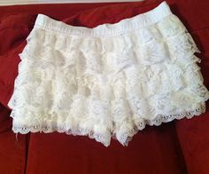 DIY Tutorial: Tiered Lace Shorts from Men's Boxers