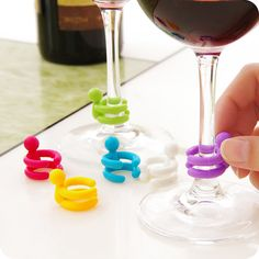 ETYA 7 pcs/set Wine Cup Mixproof Silicone Marker Bars/Party Prevent Confuse Rubber Wine Glasses Label With Bottle Stopper