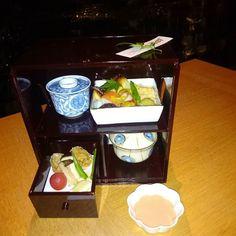Bento beauty @palacehoteltokyo #wadakura #Tokyo #Japan #bento #kaiseki #foodporn #travel #eclecticeats #palacehotel by annoula_b