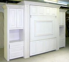 A custom table Murphy bed creates a truly dual purpose room: it provides extra work space that folds neatly away when a comfortable bed is needed for guests Fold Out Table, A Table, Girls Bedroom, Bedroom Decor, Decorating Bedrooms, Master Bedroom, Decorating Ideas, Camas Murphy, Murphy Table