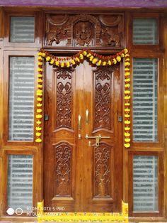 Main Entrance Door Design, Front Door Design Wood, Double Door Design, Wooden Door Design, House Front Design, Wooden Doors, Indian Main Door Designs, Palace Interior, Pooja Room Design