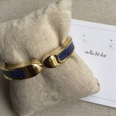 I just added this to my closet on Poshmark: Emerson Bangle-navy. Price: $25 Size: Fits SM-LG size wrists