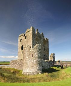 Threave Castle Ruins on the River Dee, Dumfries, Scotland