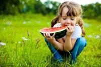 9 tips om je kind gezond te laten eten van missnaturel.nl