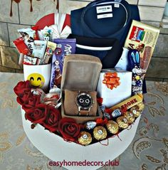 61 trendy Ideas for gifts baskets for men man bouquet – Gift Basket Ideas Creative Gifts For Boyfriend, Birthday Gifts For Boyfriend Diy, Cute Boyfriend Gifts, Cute Birthday Gift, Cute Valentines Day Gifts, Birthday Gift Baskets, Boyfriend Anniversary Gifts, Diy Valentine, Anniversary Gift Baskets