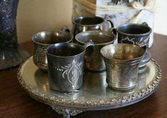 vintage silber dekoration zu hause eklektisch stil servierplatte tassen