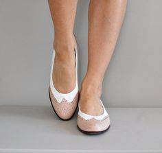 ballet flats / spectator shoes / Two Tone Wingtip Flats
