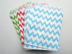 100 x Medium sized chevron paper bags by CutAndPasteSupplies, £9.50