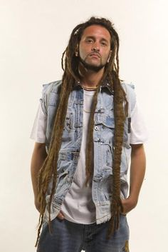 alborosie-italian reggae artist Reggae Music, My Music, Reggae Artists, Neo Soul, Sing To Me, Hip Hop Artists, Dance Hall, Film Music Books, My Favorite Music